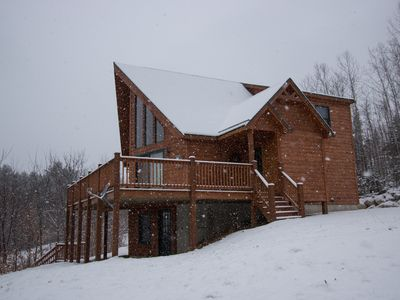 Photo for Beautifully maintained mountain chalet, 7 minutes from Bethel, 15 minutes to Sunday River