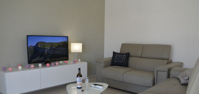 Photo for Alpilles (Paradou): villa Aupiho 6 pers. + heated pool (climate room)
