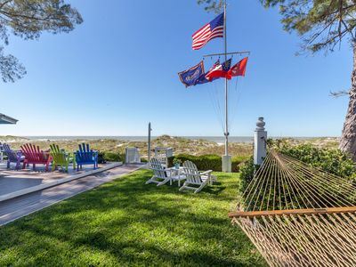 Photo for Beachfront, Chic a si Cottage, original vintage Florida charm right on the Gulf