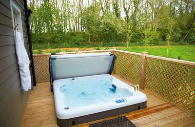 Photo for Campion Lodge holiday cottage is located near Colchester and set in some amazing natural beauty.