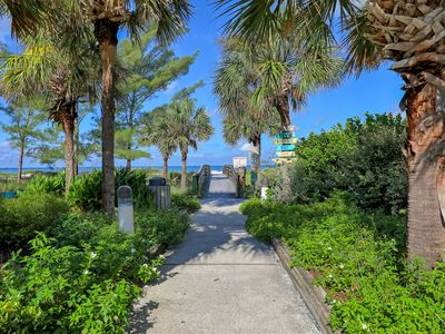 Photo for Lovely 2 BR in the center of seaside beach town
