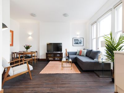 Photo for Holland Road Residence I apartment in Hammersmith with WiFi.