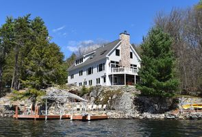 Photo for 4BR Cottage Vacation Rental in Meredith, New Hampshire