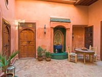 We loved the privacy, staff and good location of this riad! Recommend!