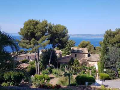 Photo for Villa overlooking the sea from the Golden Corniche