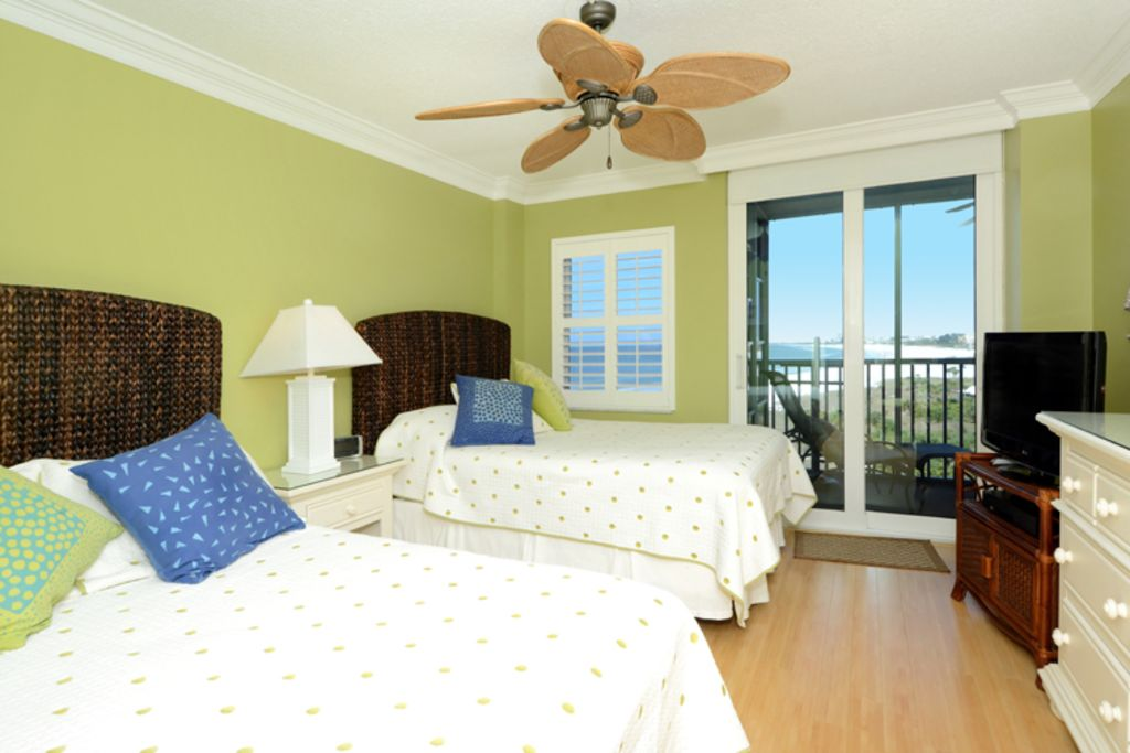 Beachfront Condo Renovations : Stunning beachfront condo complete star renovation