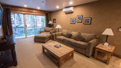 Photo for Quaint Mountain West Contemporary Style 1 Bedroom Condo