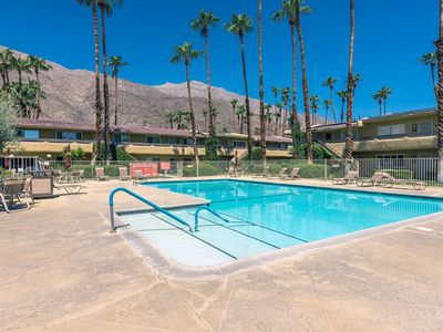 Photo for Hidden Oasis Condo - 7 Day Min - Mtn Views, Pool, Hot Tub, Sauna, A/C, Remodeled