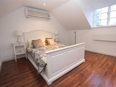 Photo for Lovely 1 bedroom apartment with private courtyard and parking