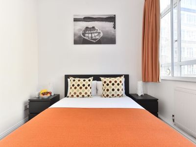 Photo for Apartment Bunhill in London City - 4 persons, 2 bedrooms
