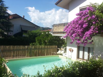Photo for Villa Linda air conditioning, wireless, garden, swimming pool and private parking space