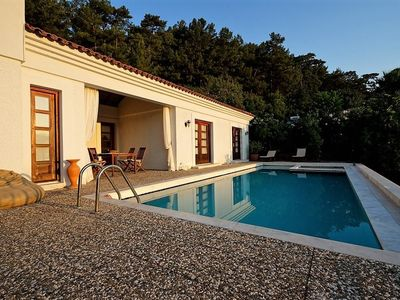 Photo for Fig Tree Villa, private pool & whirl pool, seclusion, privacy, spectacular views