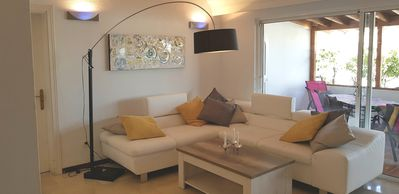 Photo for Lovely Spacious & Modern Home in Playa Paraiso Costa Ad