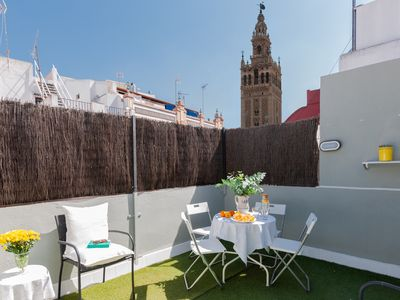Photo for GIRALDA HOUSE (Prime location, private terrace with views to the Giralda, WIFI)