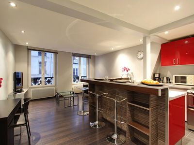 Photo for 102002 - Contemporary flat for 2 people, Montorgueuil, metro Sentier