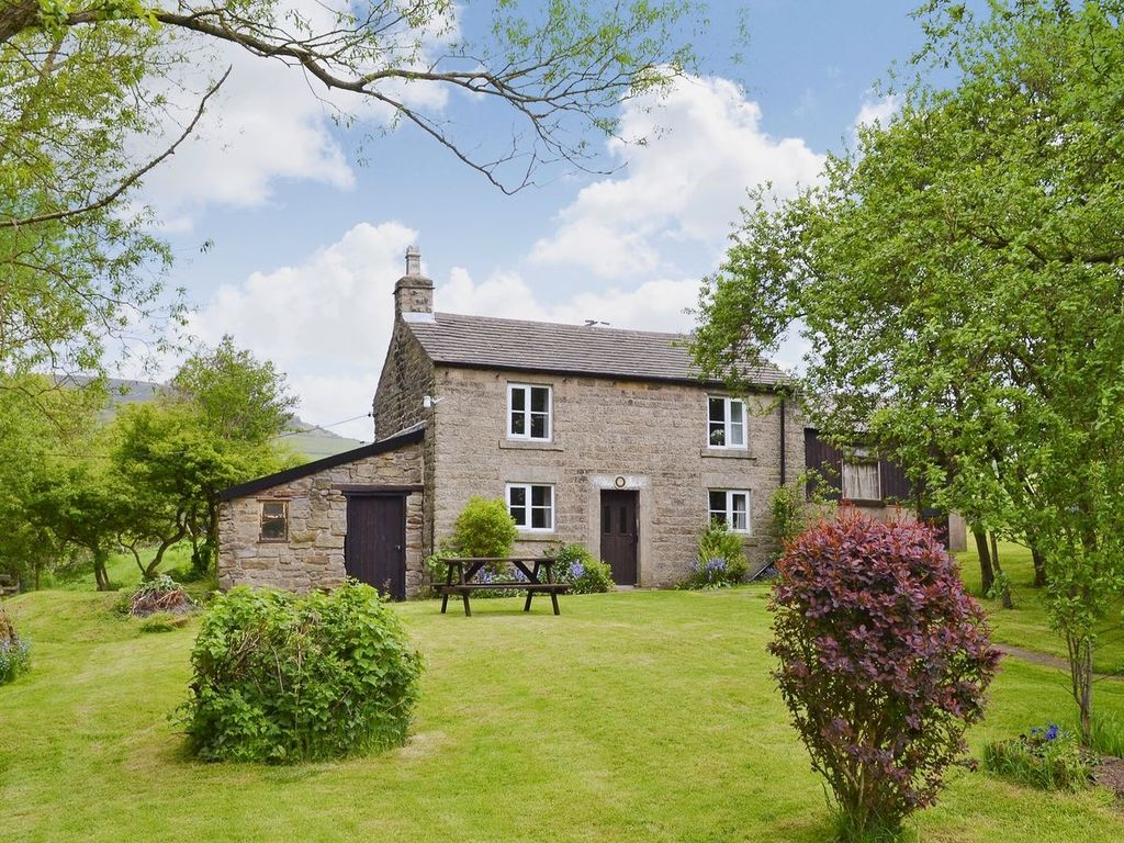 ryecroft: 2 bedroom property in hope valley. pet friendly