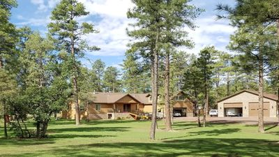 Photo for Privacy, Location and Luxury! 2 Secluded Acres.  Dream Professional Kitchen