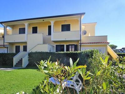 Photo for Holiday resort Villen Dino, Vada  in Riviera degli Etruschi - 6 persons, 2 bedrooms