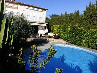 Photo for Very nice low villa with private pool, quiet, south