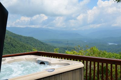 Relaxation after a hard day of play ... with a view of Clingman's Dome !