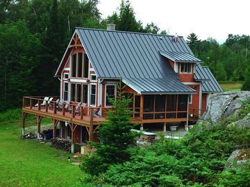 Gorgeous Luxury timberframe home with private waterfront & lake views