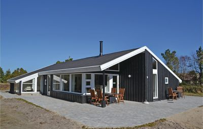 Photo for 5 bedroom accommodation in Fanø