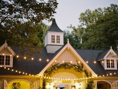 Enjoy our Extraordinary Carriage House