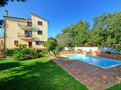 Photo for Apartment with pool Albina 3