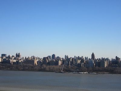 Photo for Luxury Modern, Immaculate 3 Bedroom 2 Bath- NYC, Harbor And Hudson River Views