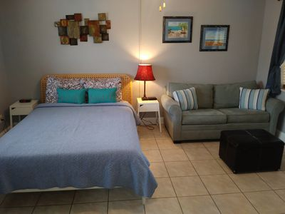 Royal#109-2min walk to the beach, WiFi, & about everything you need to have fun.