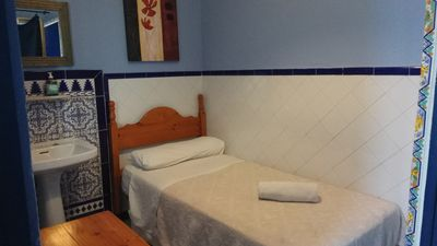 Photo for 1BR Hostel Vacation Rental in Sevilla, Alabama
