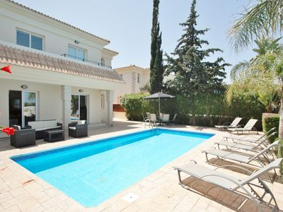 Photo for Luxury Detached Villa/Private Pool/Wi-Fi/UK TV/Sea View/Sofa Bed/Close to Beach
