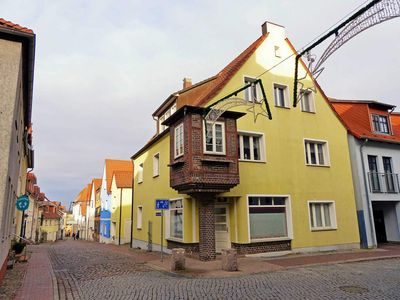 Photo for Müritz-Apartment 2 with bay window - Müritz-Apartments in Waren (Müritz)
