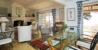 Robinson-5-bdrm oceanfront villa located between St. Tropez and Toulon