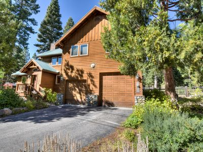 Photo for Carnelian Bay Home w/ Yard Tether Ball, Horseshoe pit, Smart TV, 20 min to North