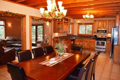Dining Table for 8 + Open Floor Plan W/Great Room, 4 Season Porch & Deck Seating