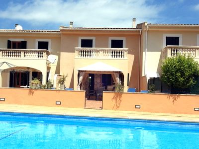 Photo for Modern apartment, lovely communal pool, terrace with sunbeds,A/C,BBQ,FREE WIFI
