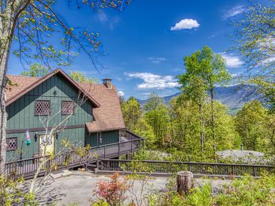 Photo for 4 Bedroom / 3 1/2 Bath, Spectacular Mountain Views  **NEW ON CVP RENTAL**