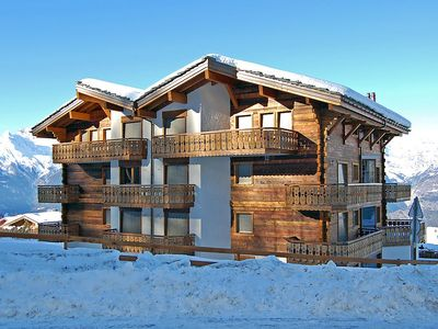 Photo for Apartment in the center of Nendaz with Internet, Lift, Parking, Terrace (37577)