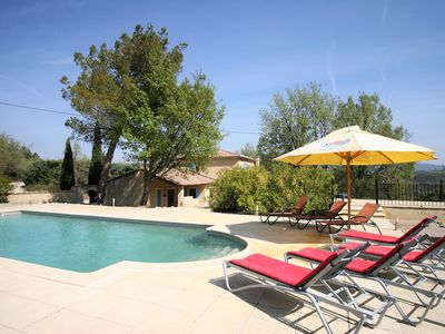 Photo for Luxurious Villa with Private Pool at Saignon France