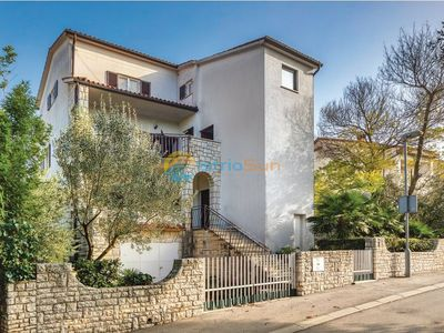 Photo for Apartment 1767/19947 (Istria - Pjescana Uvala), Family holiday, 150m from the beach