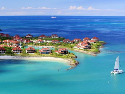 Photo for 120m ² luxury apartment on the private island of Eden Island to Mahé