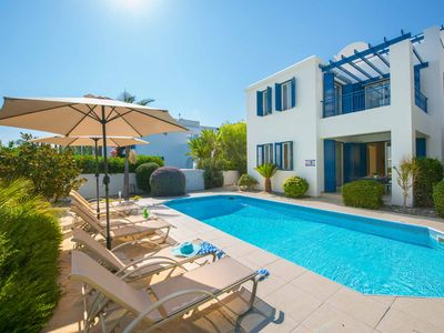 Latchi Paradise View - Detached sea view villa with a large pool, A/C & WI-FI