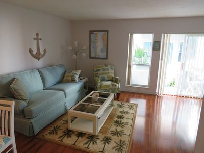 Photo for Madeira Beach Yacht Club condo only 6 min walk to BEACH and restaurants
