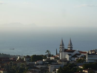 Photo for Funchal spacious apartment quiet, bright, sea view, balcony, all comfort