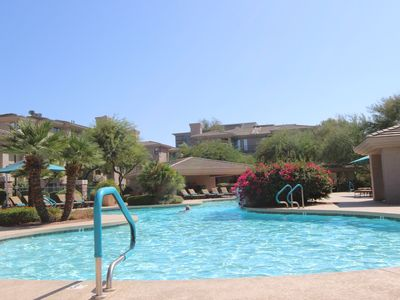 Photo for Kierland North Scottsdale! Ground Floor, 2BR/2BA, Heated Pool--Walk To Kierland