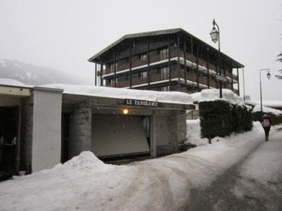 Photo for TWO ROOMS FOR RENT GETS - 6PERS MAX. - ARRIVAL SKIS 50 M - NEAR SLOPES - 300 M CENTER STATION-