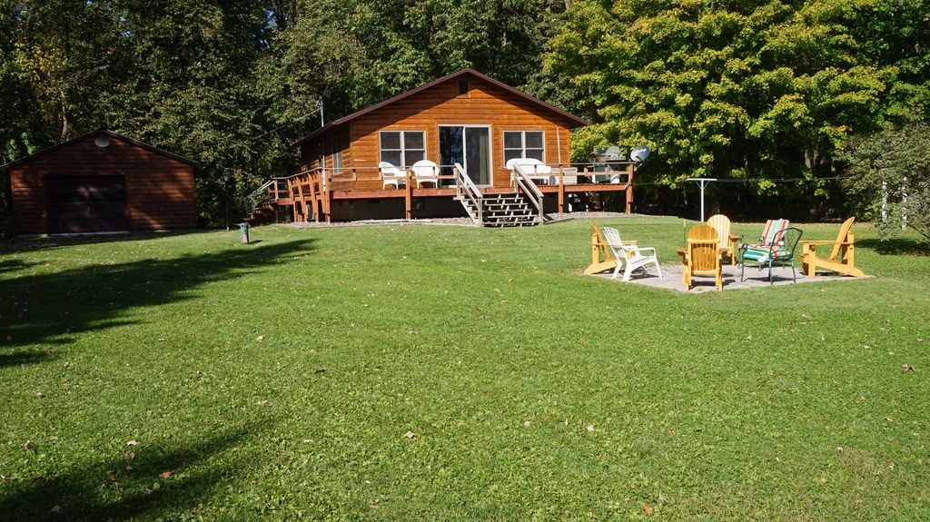 Summer vacation haven birchwood wisconsin rentbyowner for Wisconsin fishing resorts with boat rentals