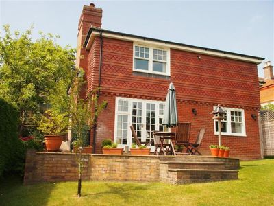 Photo for Vacation home Southview in Royal Tunbridge Wells - 2 persons, 1 bedrooms