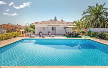 Search 173 holiday lettings